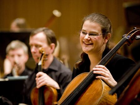 Rosie Biss - Principal, Cello
