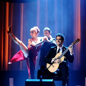 Milos Karadaglic live at the Classic BRIT Awards 2