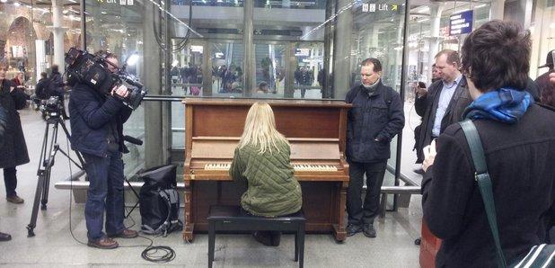 valentina listitsa at st pancras station