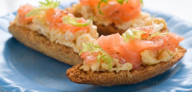 smoked salmon scrambled eggs soda bread