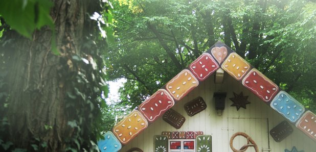 Hansel Gretel gingerbread house fairytale