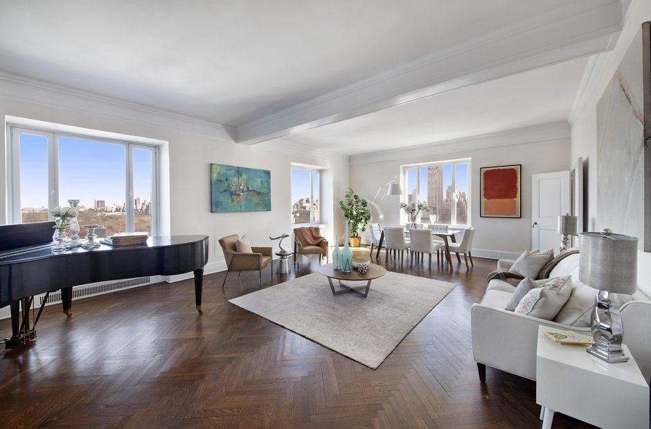 See inside luciano pavarotti 39 s manhattan apartment for Apartment inside