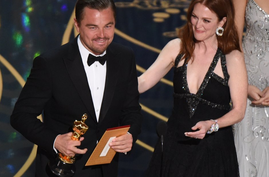 Leonardo DiCaprio wins at the Oscars 2016